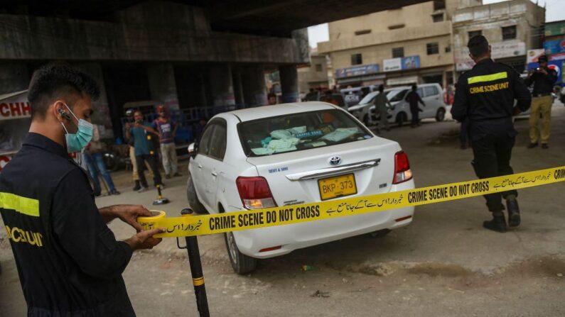 Homens armados atacam dois trabalhadores chineses no Paquistão