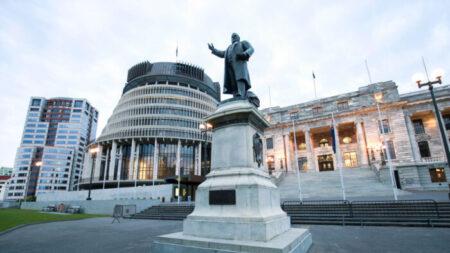 Autoridades da Nova Zelândia sāo convocadas pela embaixada chinesa após condenação de ataques cibernéticos