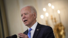 Biden assina memorando para fortalecer a luta contra ataques cibernéticos