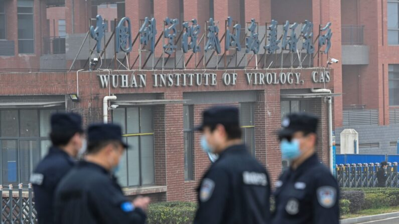 Especialistas em saúde: vírus do PCC 'provavelmente teve origem' no vazamento do laboratório de Wuhan