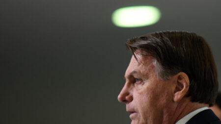 Live de Bolsonaro fortalece movimento pelo voto impresso auditável