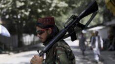 Talibã exige que afegãos entreguem armas e munição dentro de uma semana