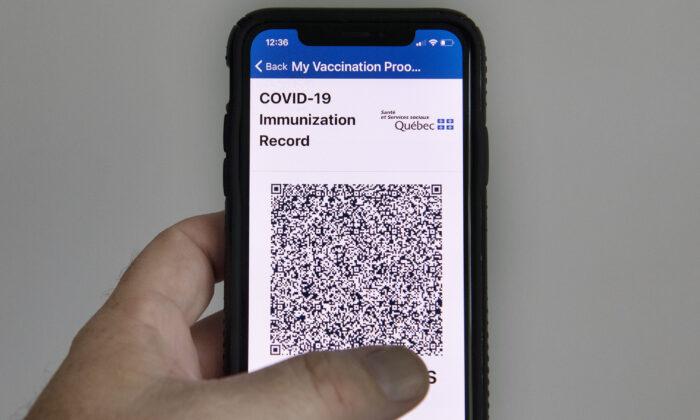Passaportes de vacinas COVID-19 serão impostos no Reino Unido neste mês, afirma ministro