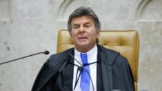 Fux faz pronunciamento sobre manifestações e diz que não acatar decisões do STF configura crime de responsabilidade
