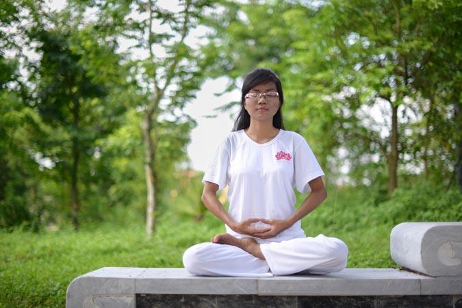 Meu corpo era leve como uma pena e eu quase esqueci o quanto estava exausto pelos últimos 6 anos. … (Nguyen-Thu-Trang)