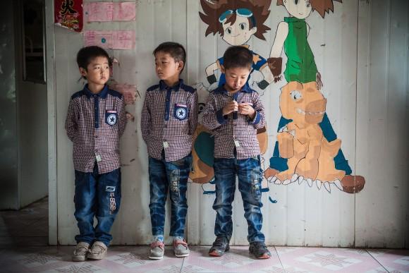Os trigêmeos agora moram em Sun Valley, um lar para crianças cujos pais estão cumprindo penas de prisão (Good Company Pictures)